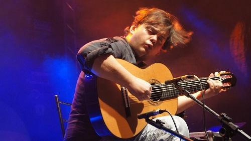 músico brasileiro