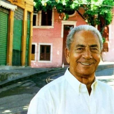 cantor Roberto Silva