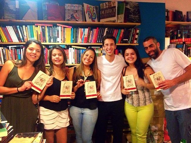 """Lançamento oficial do livro """"Amor de Morte Entre Duas Vidas"""""""