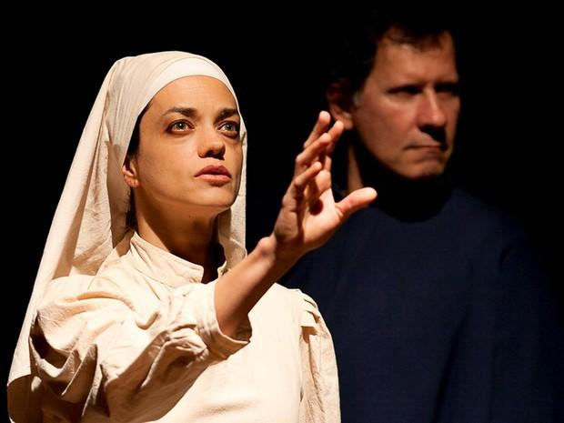 Espetáculo reconta trajetória de Santa Teresa D'Ávila