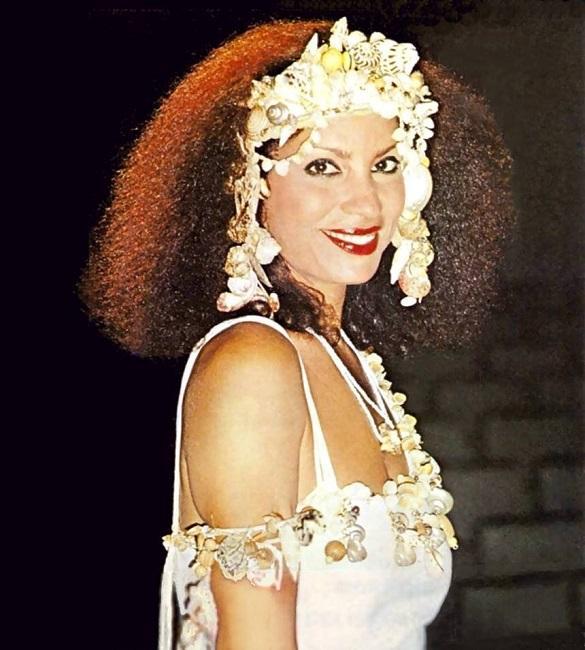 Clara Nunes celebrou o samba e o misticismo cultural do Brasil