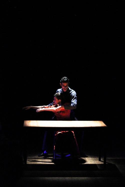 Espetáculo é protagonizado por Camila Felix e Gabriel Corrêa