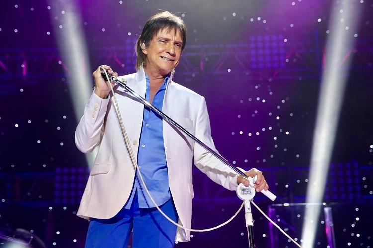 Roberto Carlos está no topo dos vendedores nacionais de disco