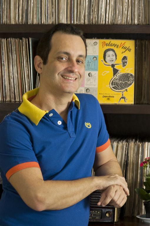 Rodrigo Faour entrevista música