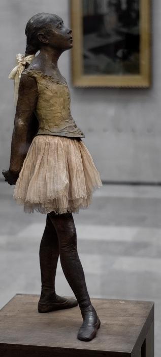 bailarina-escultura-degas