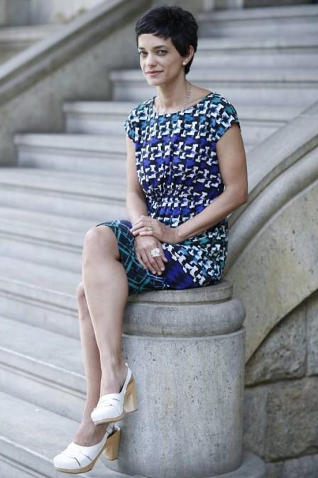 Ana Cecília Costa é atriz de cinema, teatro e televisão