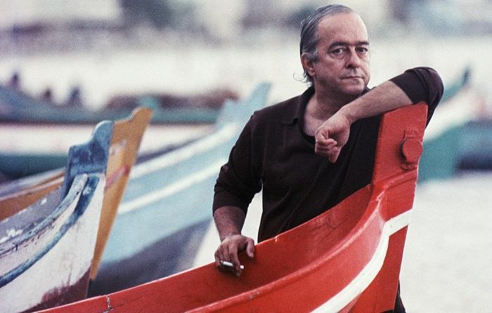 Vinicius de Moraes poetizou o amor e a saudade