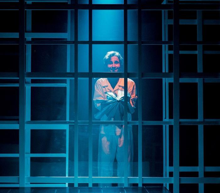 """Espetáculo """"máquina"""" é baseado na obra de Valter Hugo Mãe"""