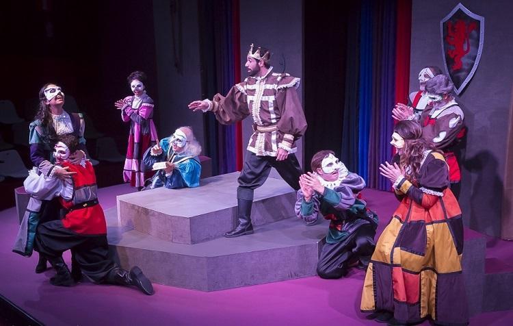 Montagem de Pedro Paulo Cava une trechos de várias peças de Shakespeare